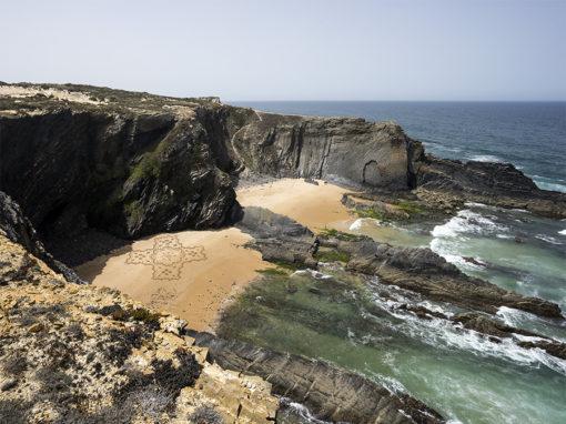 Cavaleiro, portugal, sam dougados, beach art, cliff, ocean, azulejos