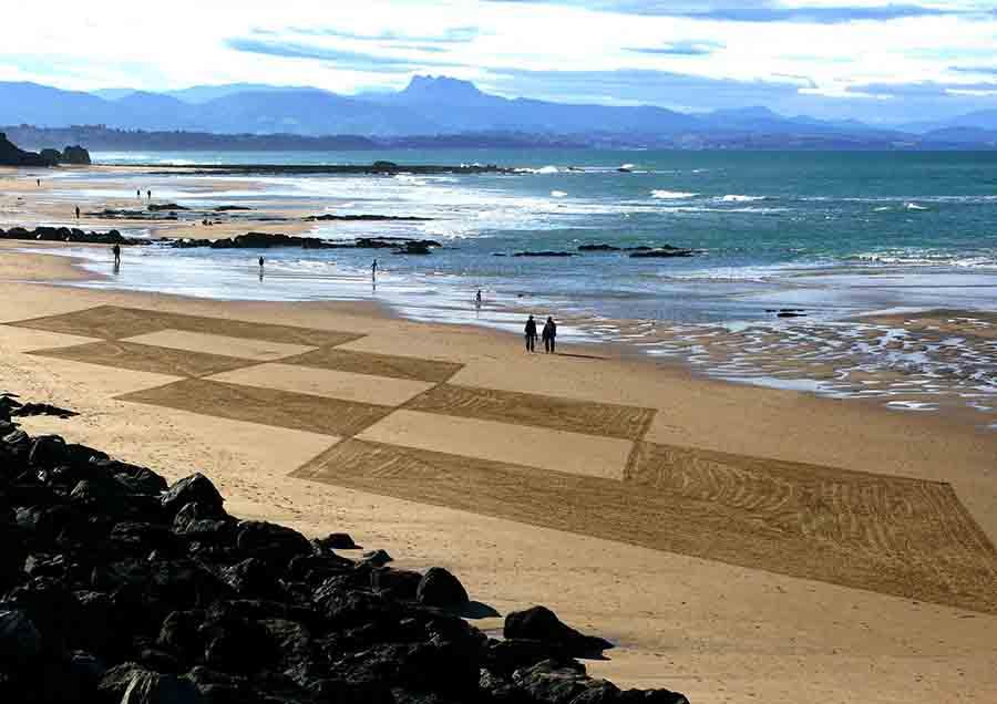 biarritz, côte des Basques, beach art, dougados, losanges, lignes, photography, art, land art