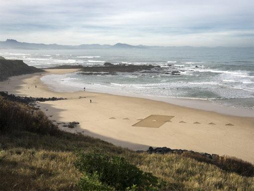 beach art, dougados, biarritz, door, triangle, contemporary art